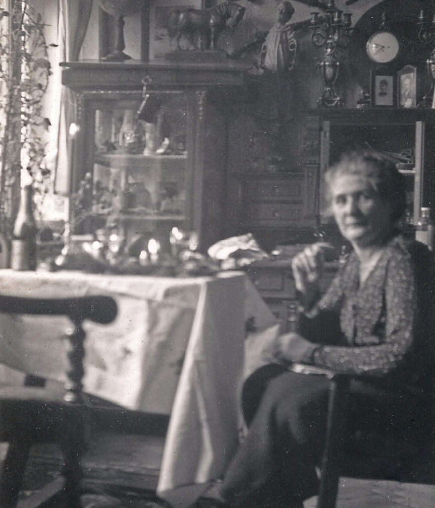 Paula Litzinger a Villa Freischütz (ca. 1935)